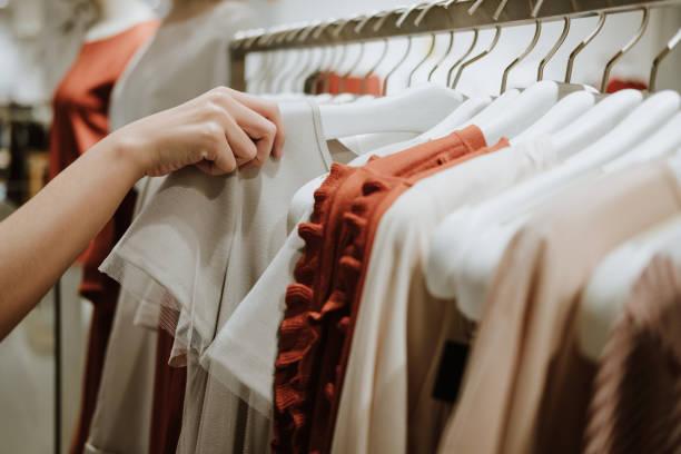 Charla 'como las prendas pueden realzar tu belleza natural y empoderarte'