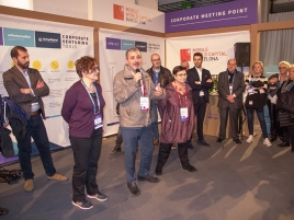 Visita a Four Years From Now dins el Mobile World Congress